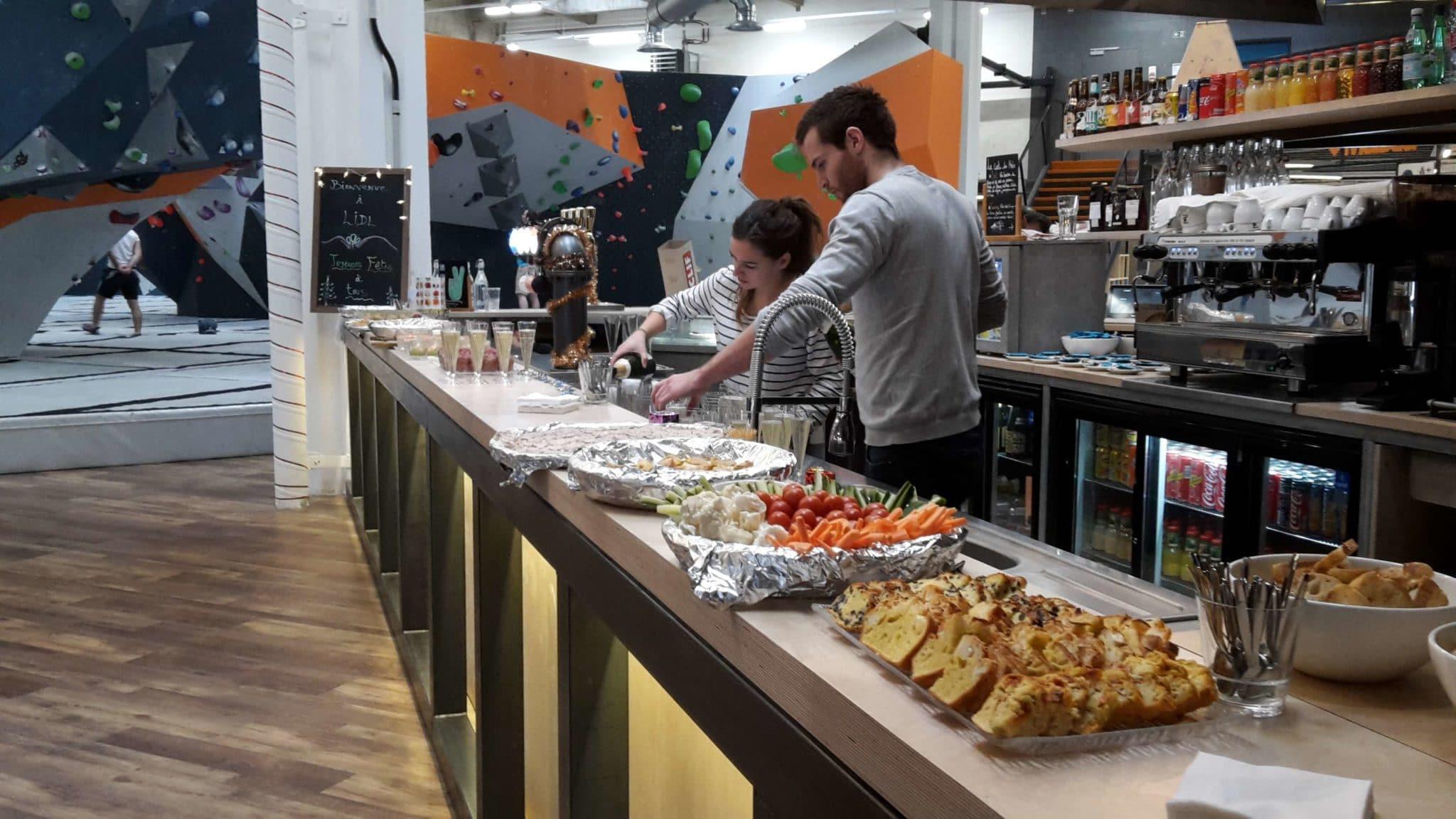CSE - comité d'entreprise - évènementiel Vertical'Art rungis - salle d'escalade de bloc - restaurant et bar - produits frais et locaux